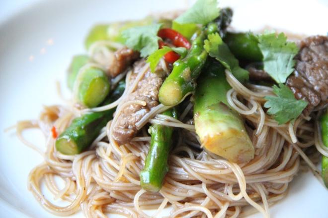 wok groene asperges rund mirin soja oestersaus 2